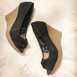 American Eagle Black Lace Cork Wedges